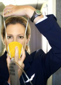 flight-attendant-oxygen-mask